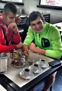 Smutný pohľad baristu na ranné espresso :-)