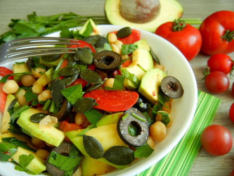 avokadovy salat zoom