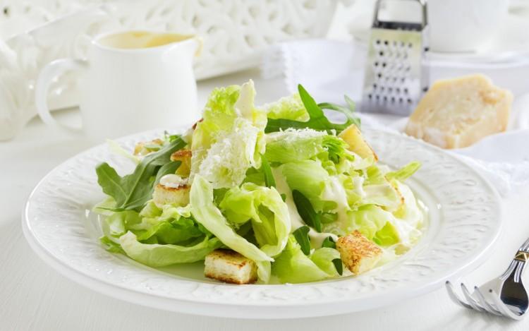 ovoschnoy-salat-kapusta-zelen