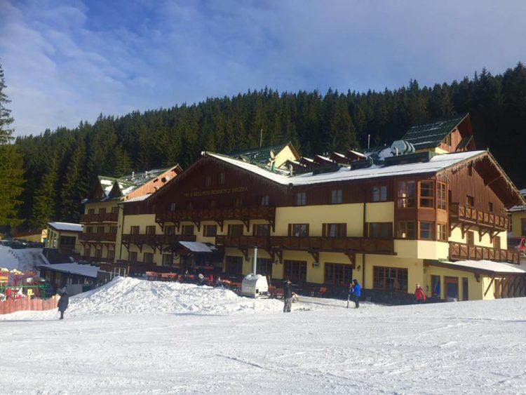 ski-and-wellness-Jasna