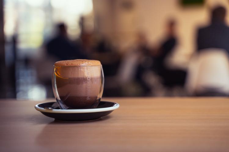 Power Cocoa môžete ochutnať vzďy aj v Powerlogy Space & Coffee
