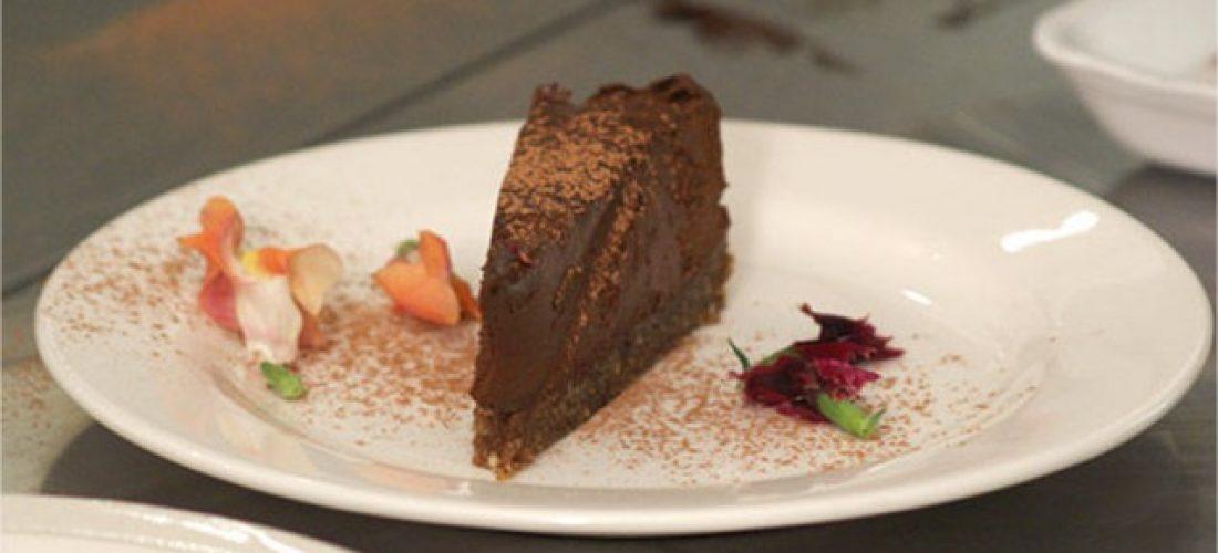 avokadovo cokoladova torta